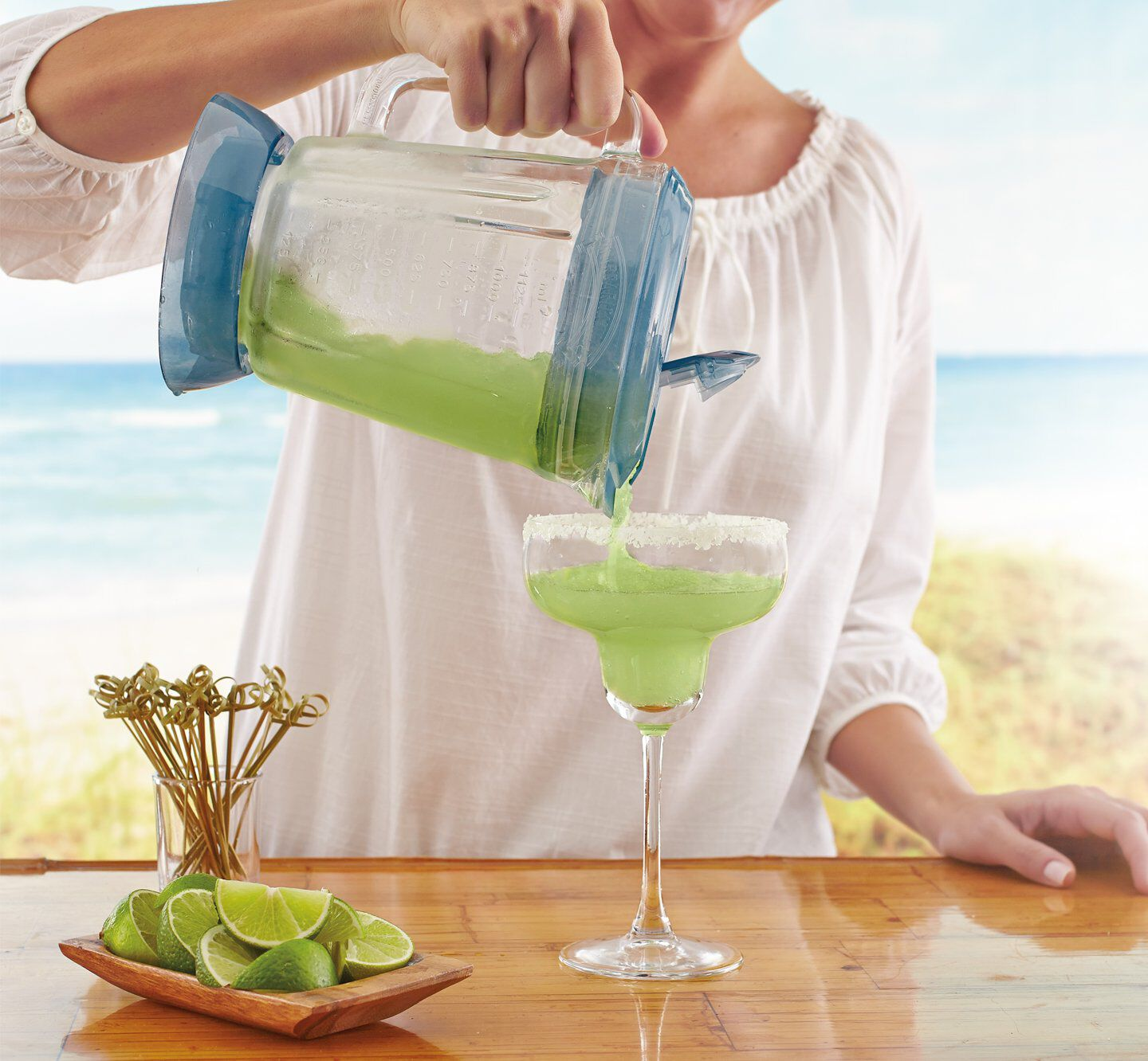 Margaritaville drink machine plastic cup with lid