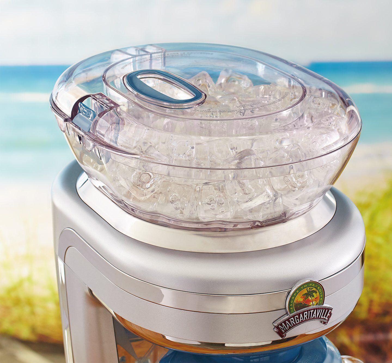 Frozen concoction maker ice reservoir